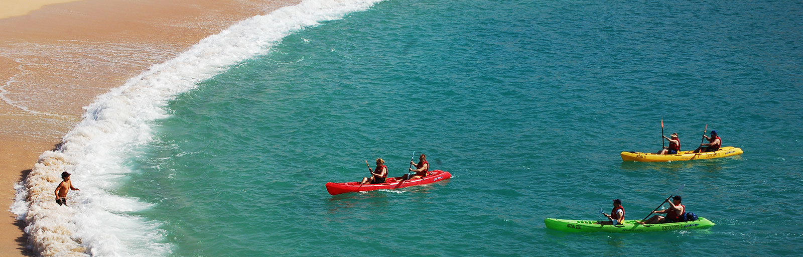 Sea Kayaking & Snorkeling on a Mexico Yoga Retreat: Arriving to the Beach