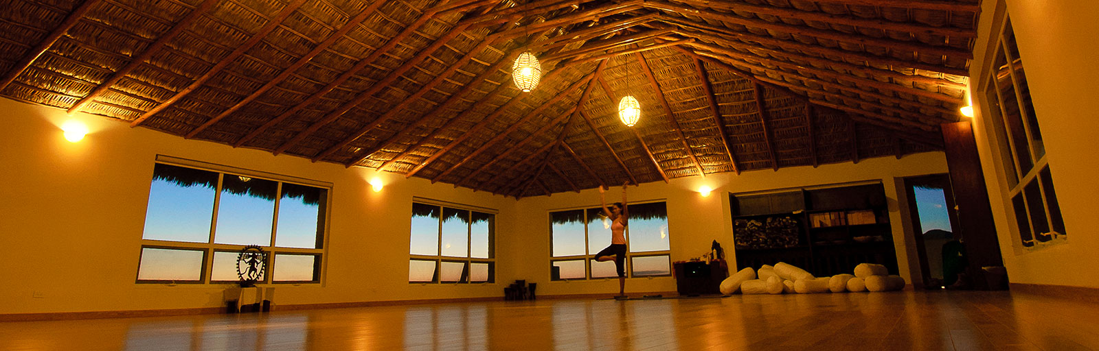 Meditation & Yoga Retreats in Mexico: Yoga Studio at Night